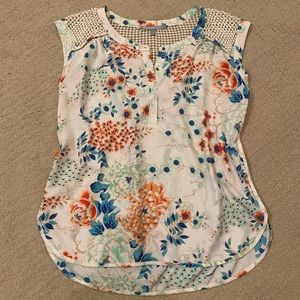 Like new! Silky Floral Blouse